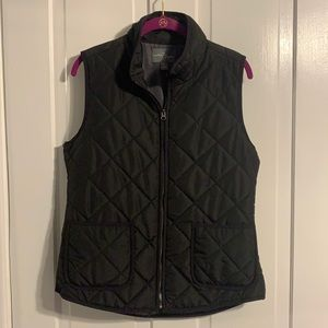 Market and Spruce Puffer Vest Size Medium